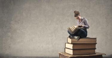 žena a knihy