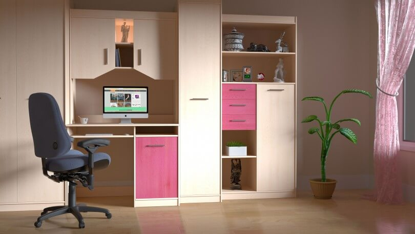 počítač a skříň
