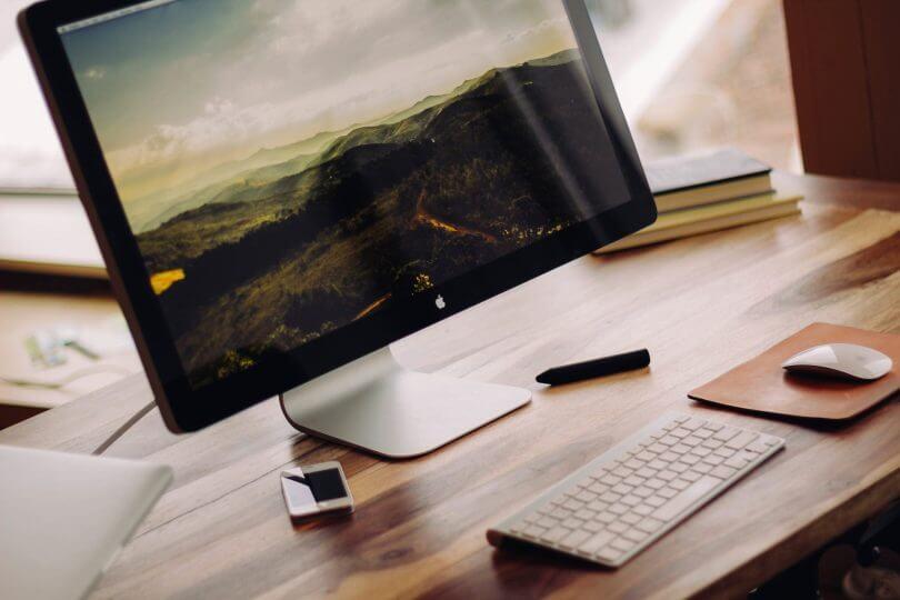 monitor a klávesnice